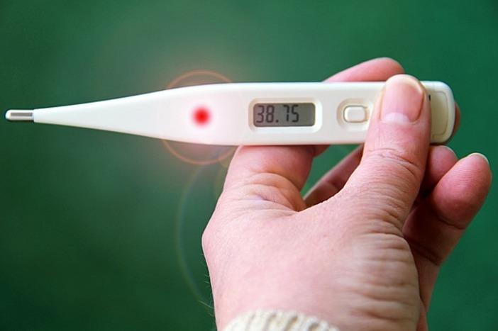Thermomètre connecté temporal : les avantages de ce nouveau produit médical